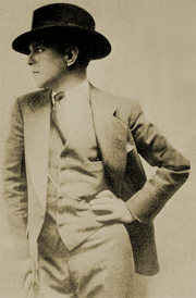 The ever dapper Nathan Birnbaum circa 1925