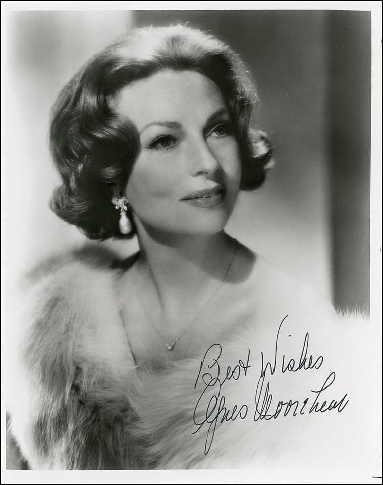 Guest star Agnes Moorehead