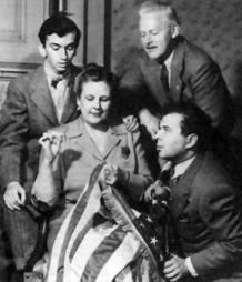 House Jameson with Ezra Stone and Katharine Raht as The Aldrich Family ca. 1941