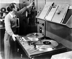 The legendary Ampex 200, the darling of the Radio networks, ca. 1956