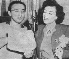 Arch Oboler discusses Baby script with Joan Crawford circa March 1940