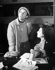 Arch Oboler goes over a script with Nazimova circa 1940