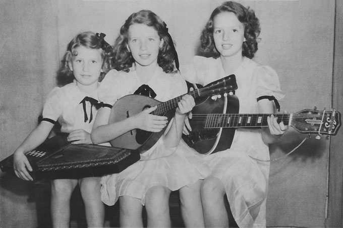 THE CARTER SISTERS