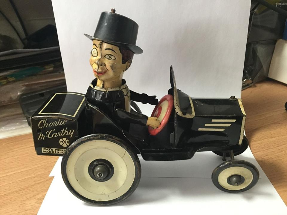 Charlie McCarthy Wind Up Tin Toy Car