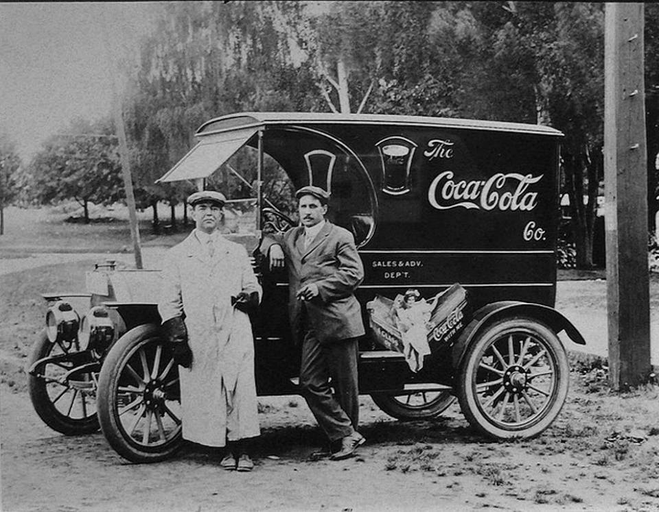 Coka cola advertising