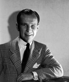Hume Cronyn publicity photo, ca. 1943