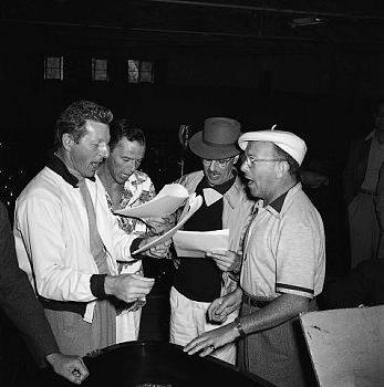 Danny Kaye, Frank Sinatra, Groucho Marx and George Burns Singing