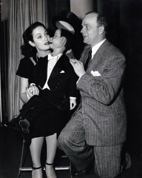 Dorothy Lamour with Charlie McCarthy and Edgar Bergen