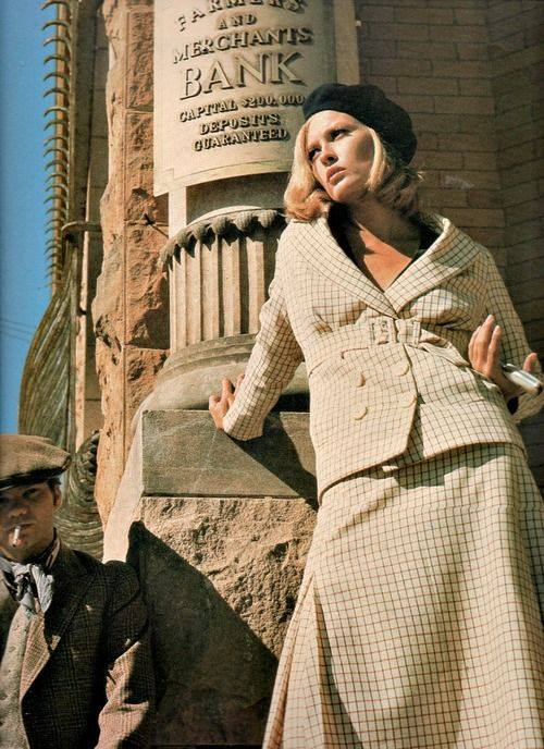 Faye Dunaway in  Episode 306 Bonnie And Clyde