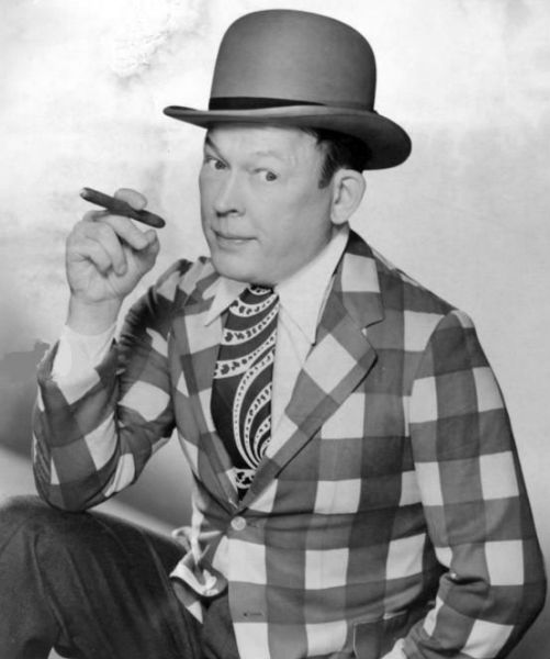 Fred Allen 41-03-05 Little Red Riding Hood