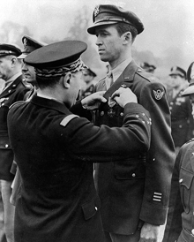 Colonel James Stewart is awarded the Croix de Guerre