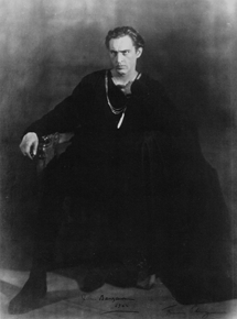 A larger than life actor in a larger than life role. John Barrymore as Hamlet circa 1922