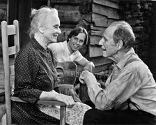 Tandy and Cronyn in the Hallmark Hall of Fame miniseries, 'Foxfire' also written by Hume Cronyn