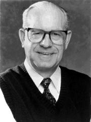 Carl Kasell circa 2002
