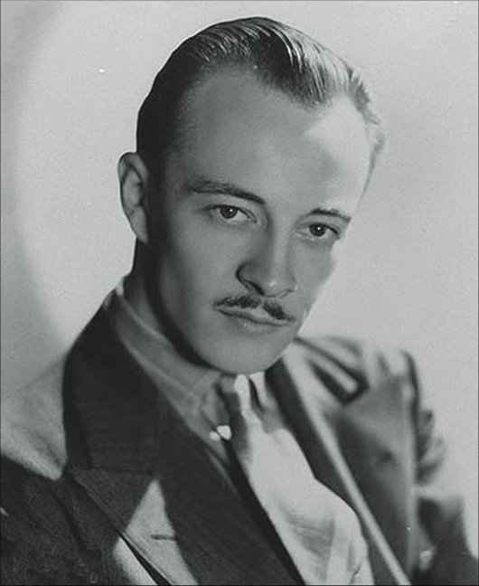 Les Tremayne as Michael Waring (The Falcon)
