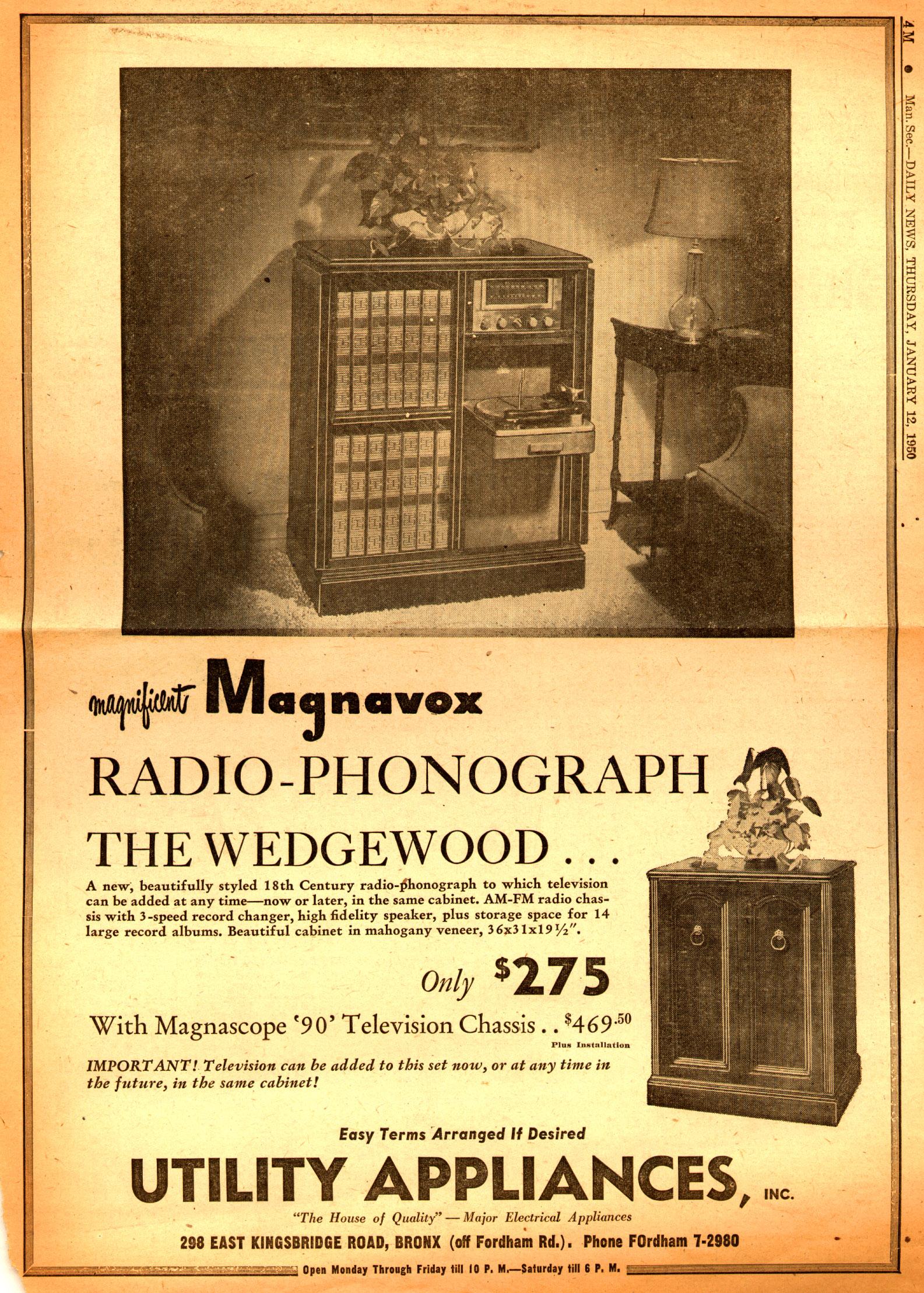 Magnificent_Magnavox_Radio-Phonograph