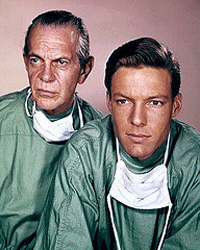 Raymond Massey as Dr. Leonard Gillespie with Richard Chamberlain as Dr. Kildare in the Television series of the same name (1961-1966)