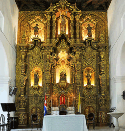 The breathtaking altar of San Juan Bautista
