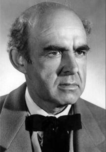 Actor Nestor Paiva.