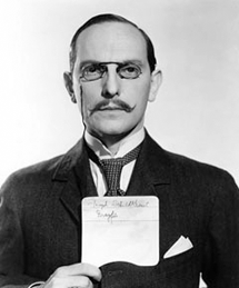 Joseph Schildkraut in production still for The Life of Emile Zola circa 1937