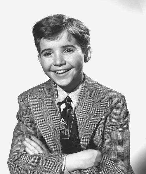 Scotty Beckett as Junior