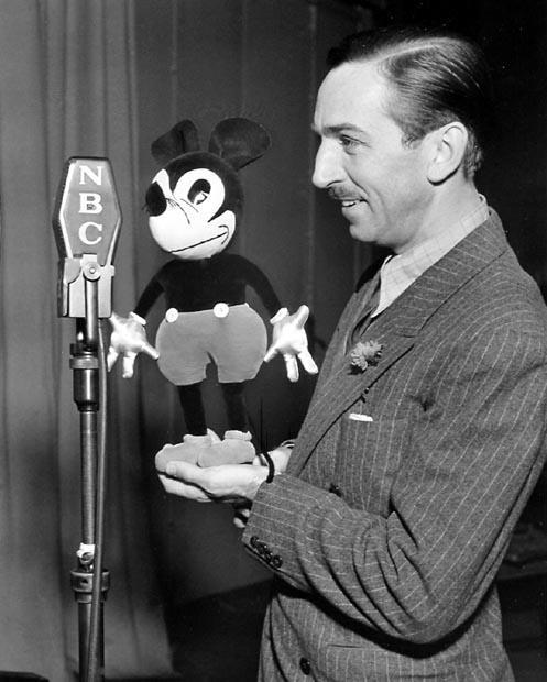 Guests Walt Disney Characters